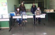 Prefeitura organiza terceira remessa dos kits de alimentação e caderno pedagógico para mais de 15 mil alunos da rede municipal