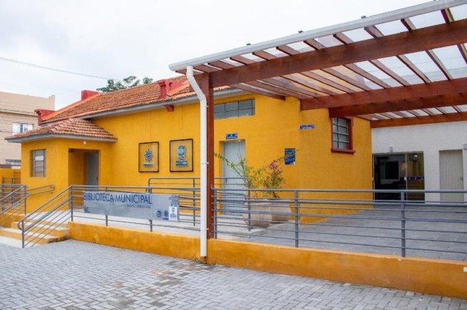 Nova Biblioteca e Videoteca Municipal possui acervo com mais de 20 mil exemplares