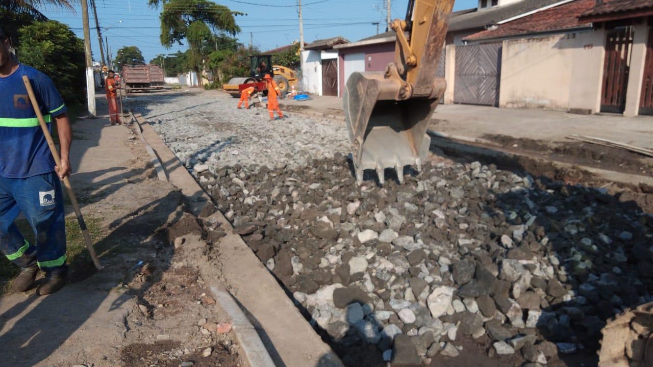 Começa obras de recapeamento na Avenida Penélope