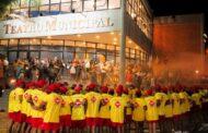 Teatro Municipal recebe formatura de Guarda-Vidas Temporários para Verão 2020/2021