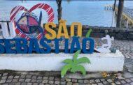 Ponto de Selfie do Pontal da Cruz é alvo de vandalismo em São Sebastião