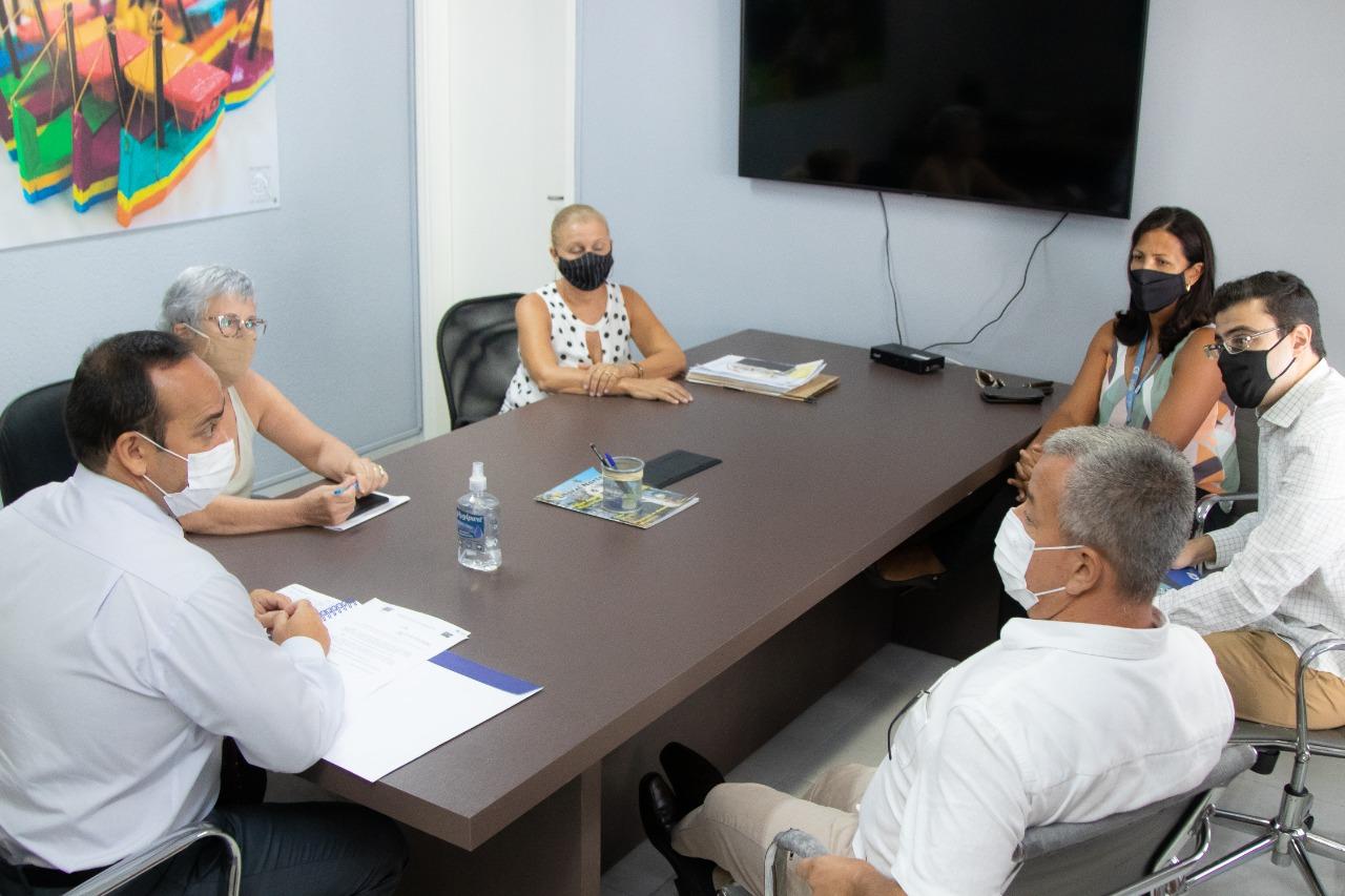 Prefeitura renova contrato com CIEE para programas de estágio e aprendizagem