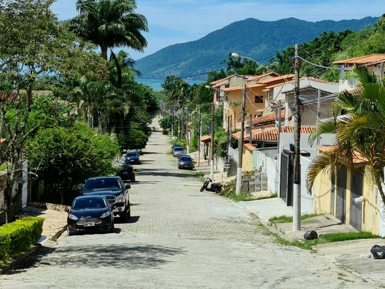 Governo municipal inicia obras de pavimentação no bairro São Francisco