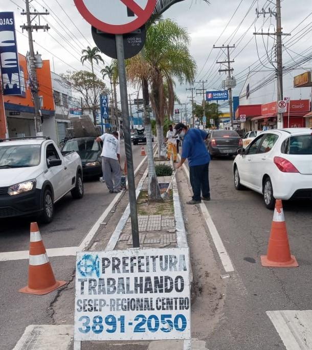 Prefeitura de São Sebastião executa serviços de manutenção urbana nos bairros da região central