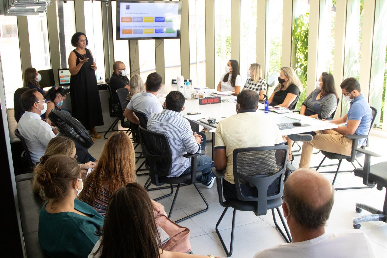 Prefeitura de São Sebastião se reúne com representantes da Associação Integra para análise de projeto à criança autista