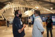 Prefeito Felipe Augusto conhece Museu da Vida Marinha do Instituto Argonauta