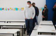 Prefeito Felipe Augusto acompanha preparativos de unidades escolares para o retorno das aulas presenciais