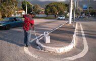 Prefeitura executa manutenção e pintura de guias nos bairros do Centro